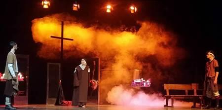 Santa Teresa 'llega' a los escenarios de Valencia