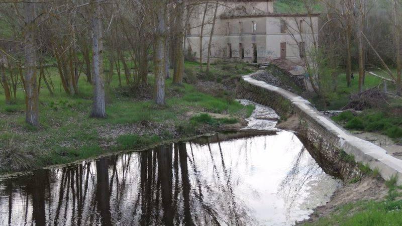Caudal ecológico y paseo fluvial del río arevalillo