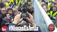 Alberto Garzón acude a defender a los trabajadores de la Nissan