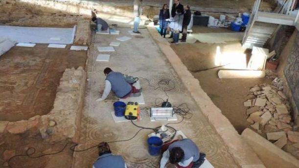 La Junta concluye las obras de restauración y acondicionamiento para la visita pública de la Villa Romana de Orpheus de Camarzana de Tera