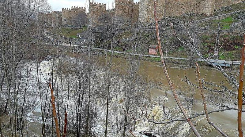 La Junta presenta las guías de respuesta ante episodios de inundaciones para 19 municipios de la provincia de Ávila