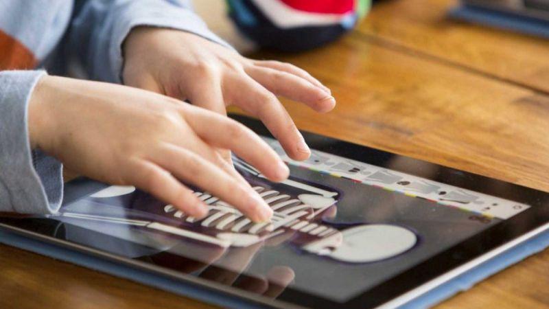 Educación otorga más de 900 ayudas para la adquisición de dispositivos digitales
