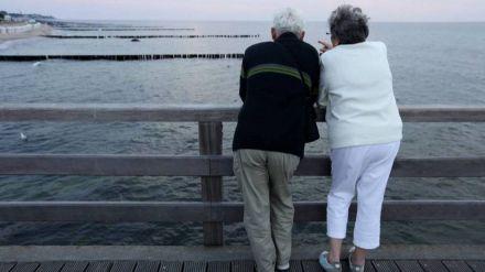 La Junta refuerza el programa de viajes del Club de los 60 con más plazas