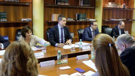 Castilla y León se reafirma en su compromiso con la aplicación de la jornada ordinaria de 35 horas