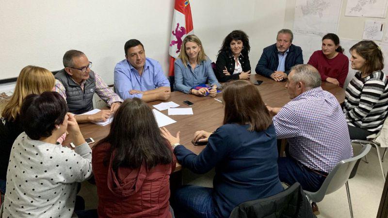 El PP acude a la Plataforma de La Aldehuela para 'trabajar en soluciones al problema del autobús'