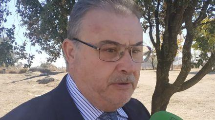 Ciudadanos pide la construcción de un refugio para los usuarios del autobús en El Tiemblo
