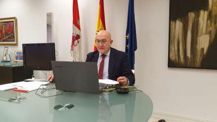 Carnero reivindica no reducir el presupuesto para la nueva PAC en favor del medio rural