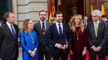 Casado pide que Sánchez critique las 'graves' acusaciones de sus socios independentistas al Rey