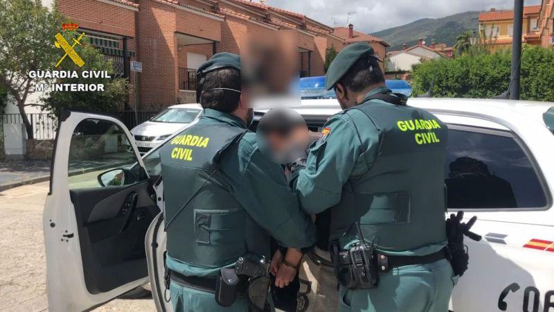 La Guardia Civil desmantela en Ávila varias plantaciones de marihuana