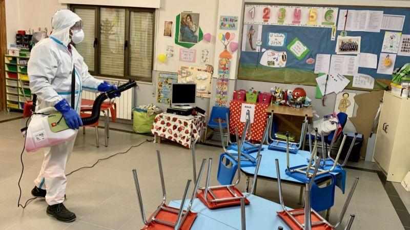 Cinco centros educativos desinfectados en el primer día en fase 1