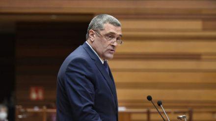 Por Ávila lamenta las 'evasivas' de la Junta sobre el problema del lobo o El Prado