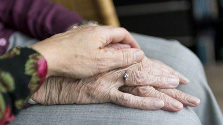 Los senadores abulenses preocupados por las consecuencias de una congelación salarial a empleados públicos y pensionistas