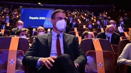 Plan 2050, más fuegos artificiales