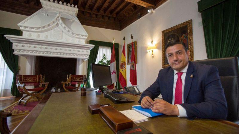 Sobre el ingreso hospitalario con COVID-19 del presidente de la Diputación