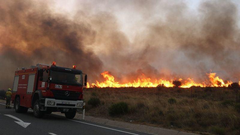 Arde Ávila: Pueblos desalojados y miles de hectáreas calcinadas