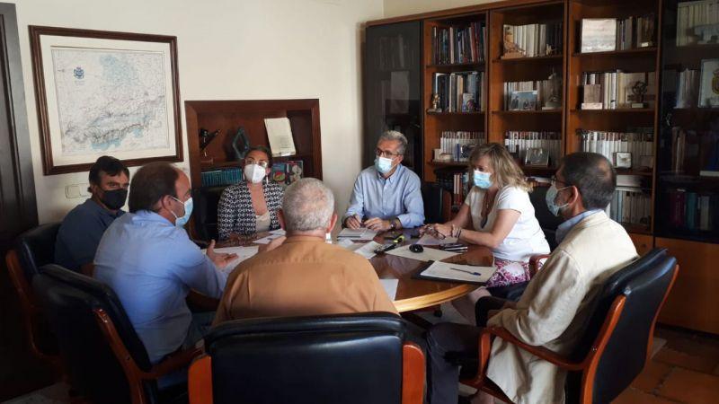 La Junta se reúne con las organizaciones profesionales agrarias de la provincia de Ávila por el incendio de Navalacruz