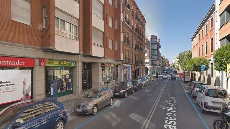 Corte de tráfico en el Paseo de la Estación de Ávila