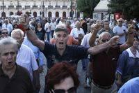 """""""El Gobierno busca apoyos entre los pensionistas con intención electoralista"""""""