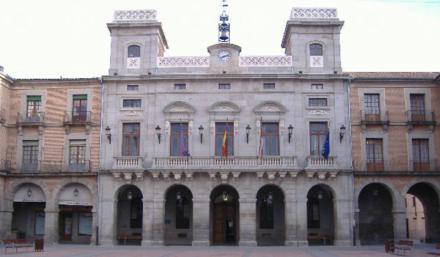 El Ayuntamiento de Ávila aprueba la enajenación de parcelas para el parque de proveedores de Nissan en Vicolozano