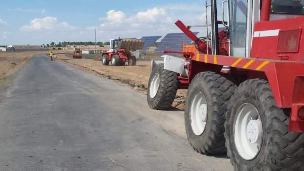 Se inician las obras para ensanchar la carretera de Martín Muñoz
