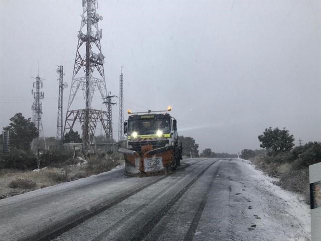 Diputación de Ávila activa el operativo de vialidad invernal para labores de limpieza y prevención de nevadas