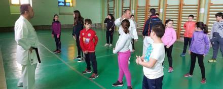 Los Juegos Escolares de la Diputación de Ávila acogen un homenaje a los hermanos Egea, campeones de kárate