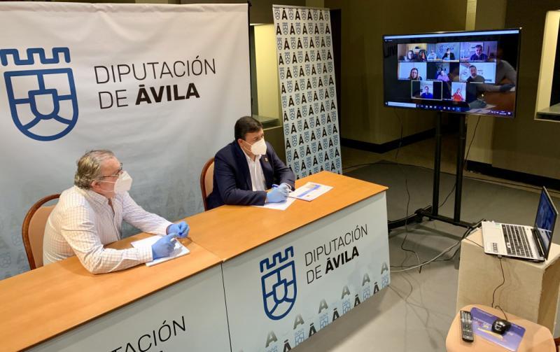 La Diputación y CONFAE estudian distintos escenarios de salida y ayudas al turismo